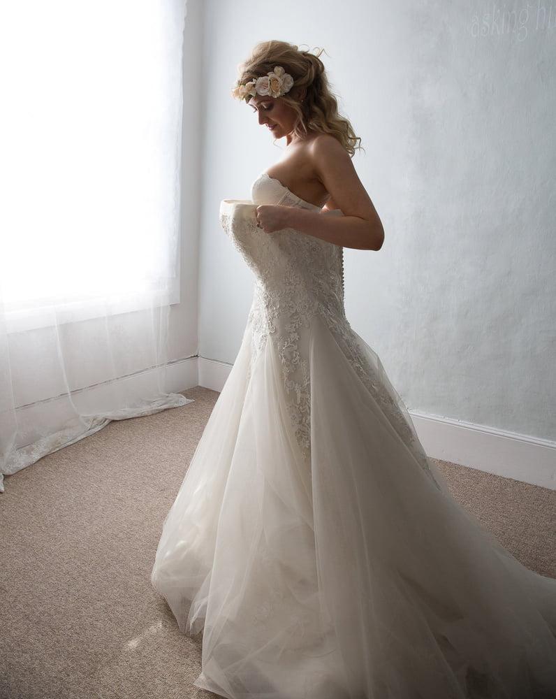 Bride - 8 Pics