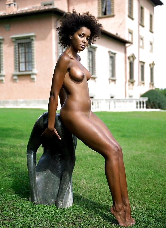 Bad black women nude — pic 2