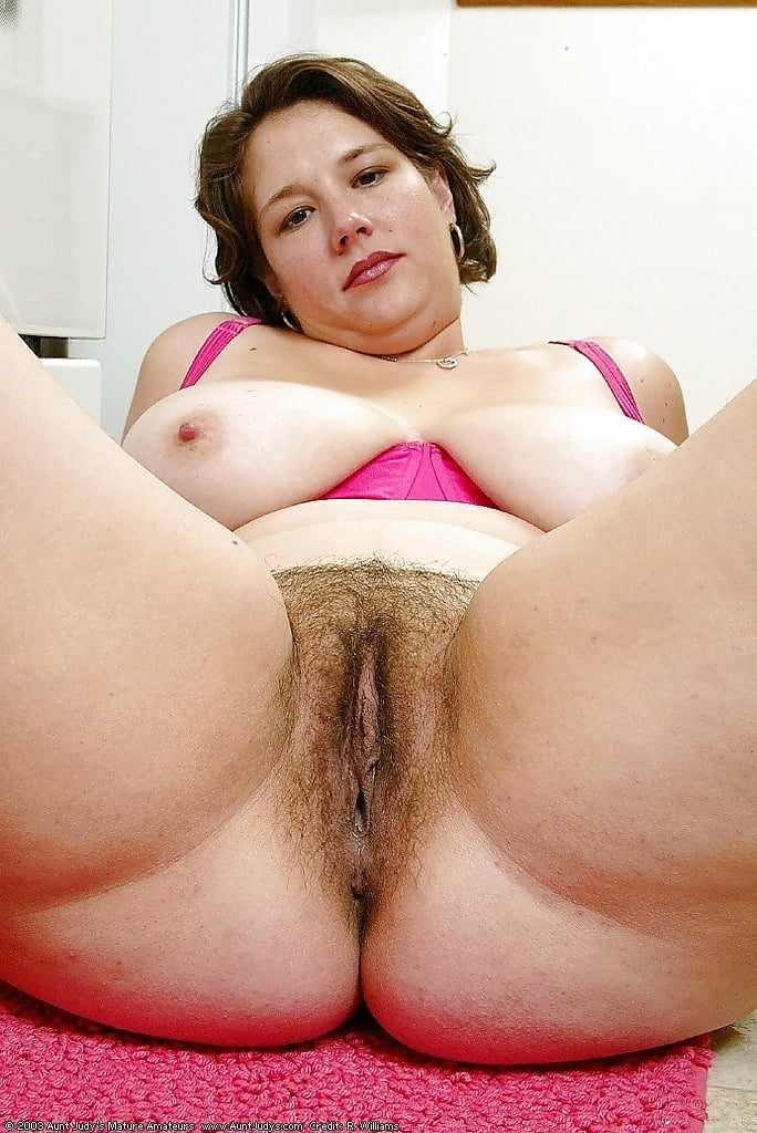hairy-bbw-pussy-rainpow-pictures-of-long-nipples