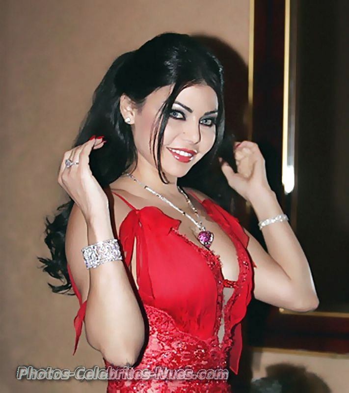 Haifa wehbe hot red dress pictures