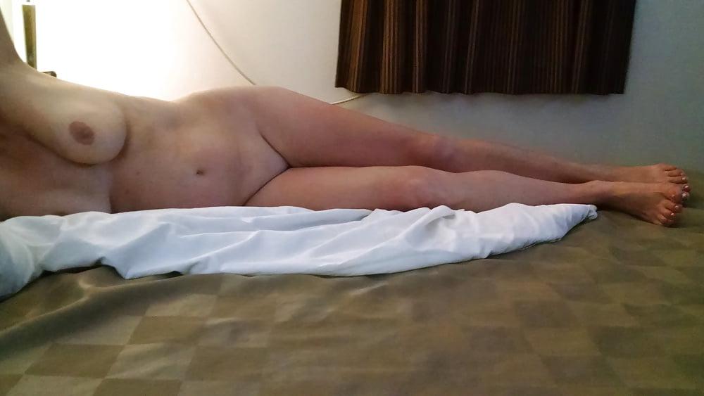 Selina dry hump naked close high