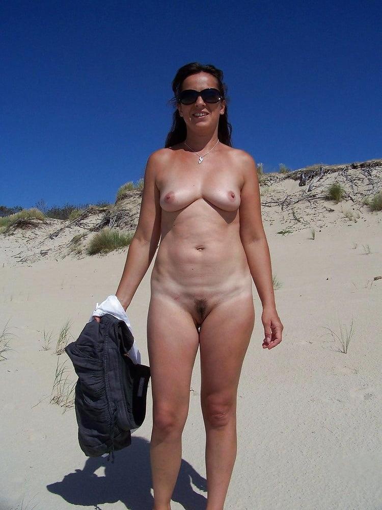 library webcam nude
