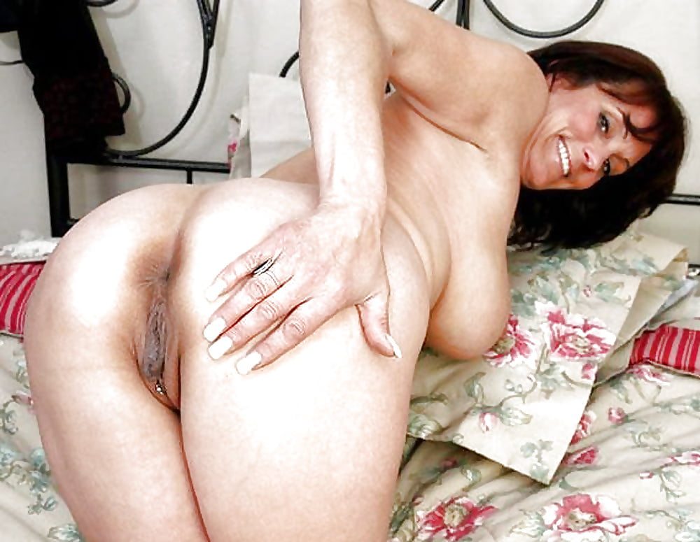 Large nude assed moms, hardcore anal lesbians