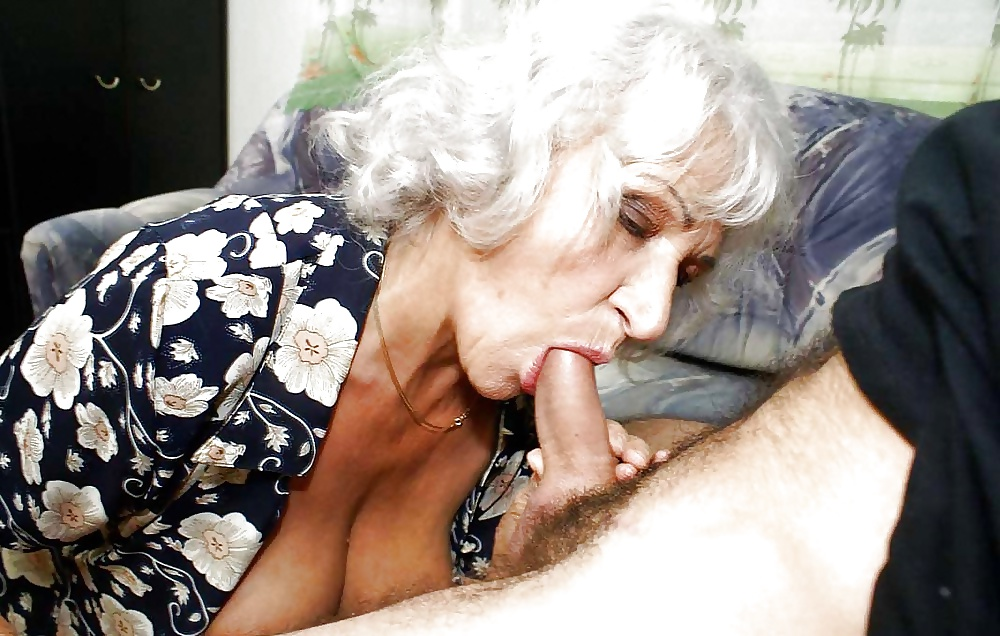 video-grandma-give-blowjob
