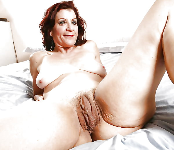 naked-mature-big-pussy