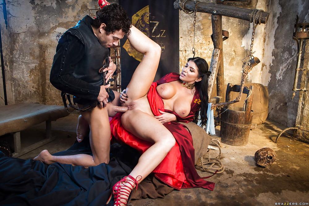 полные порно фильмы исторические может находится