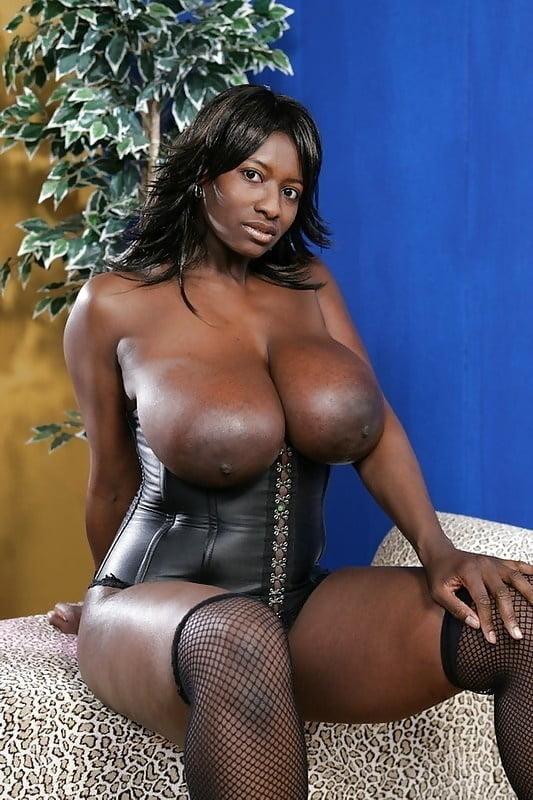 Big Tits Ebony Pictures