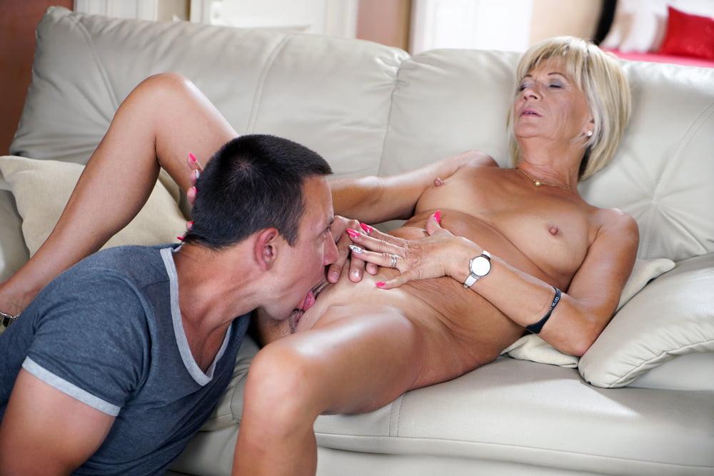 Pussy licking lesbian gifs