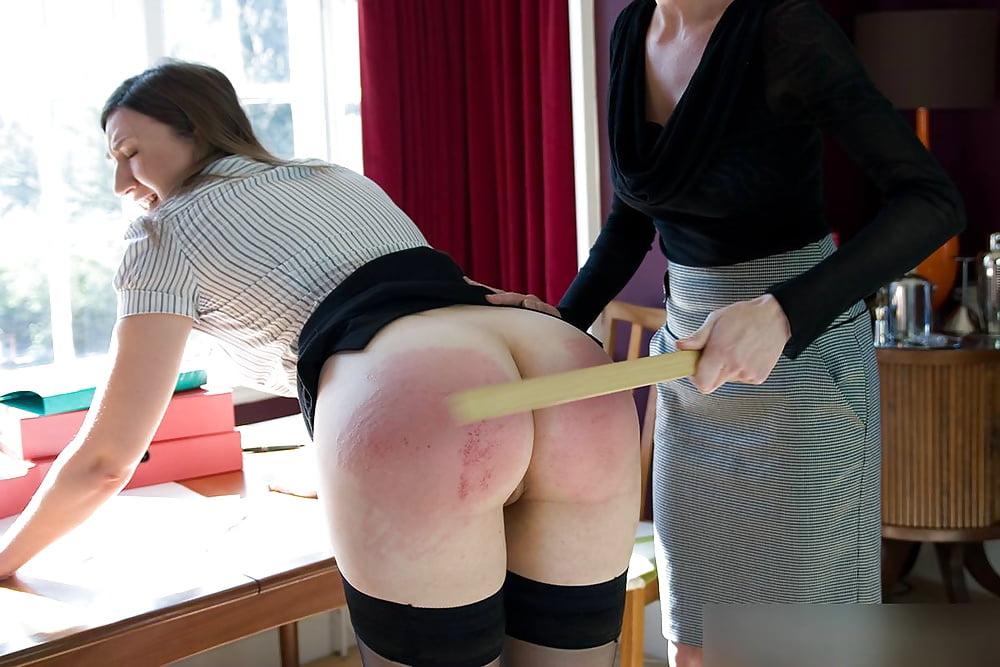Download Free Erotic Spanking Spanking Pics