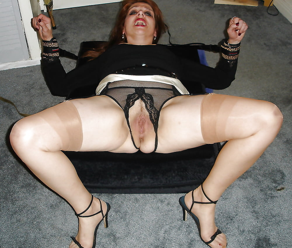 Best mature crotch pics 13