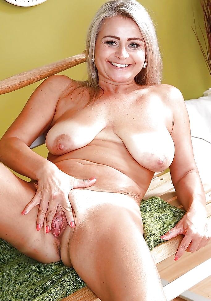 arab-big-ranchy-mature-women-pictures-porn