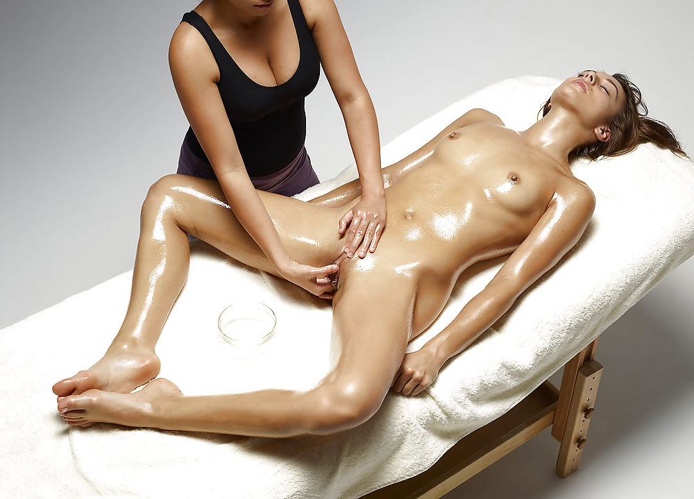 Lesbian porn with oil-1061