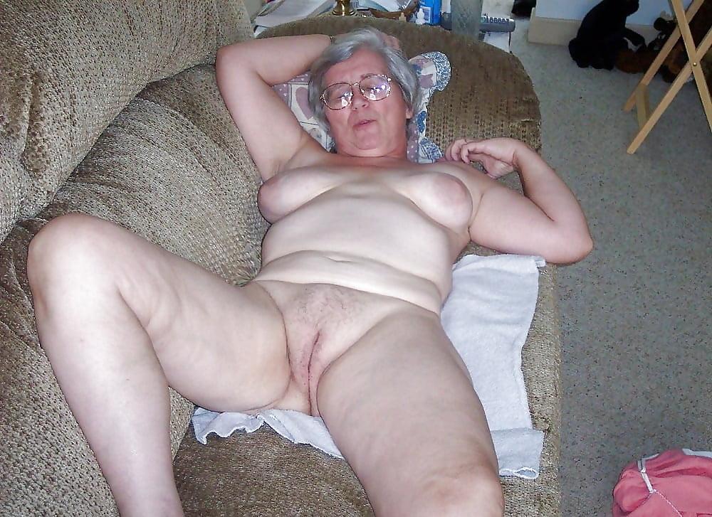 Домашняя пьянка женщин фото порно нужно