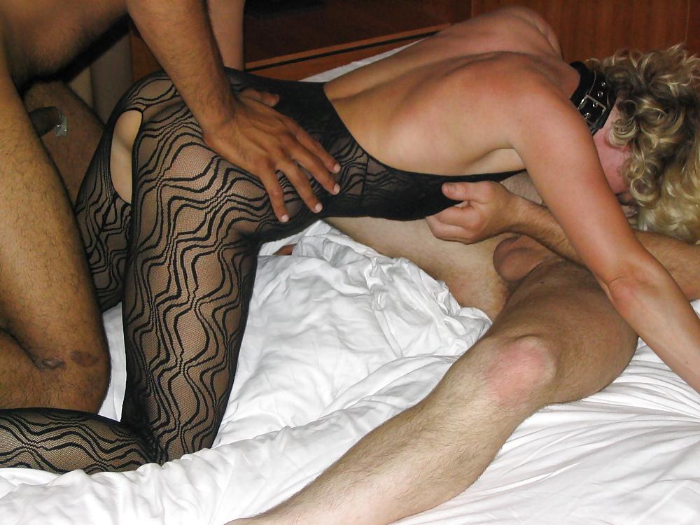 Bupshi education of submissive latex slut - 2 9