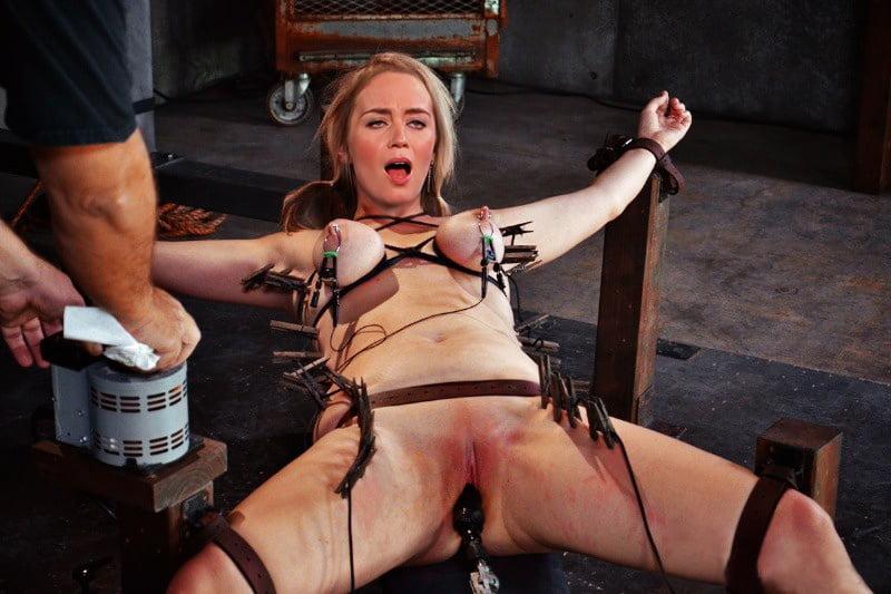 Electric stimulation pussy torture