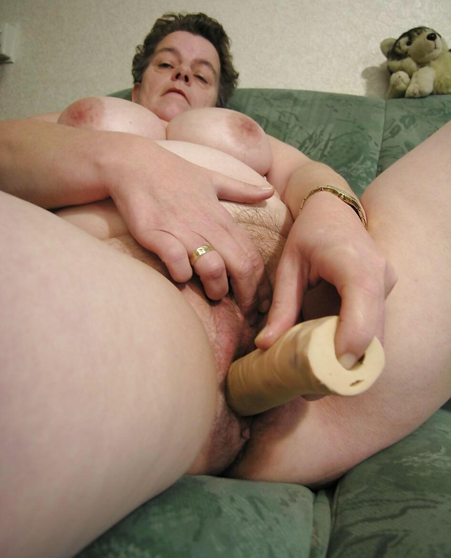 Видео толстые бабы дрочат стоя — 3