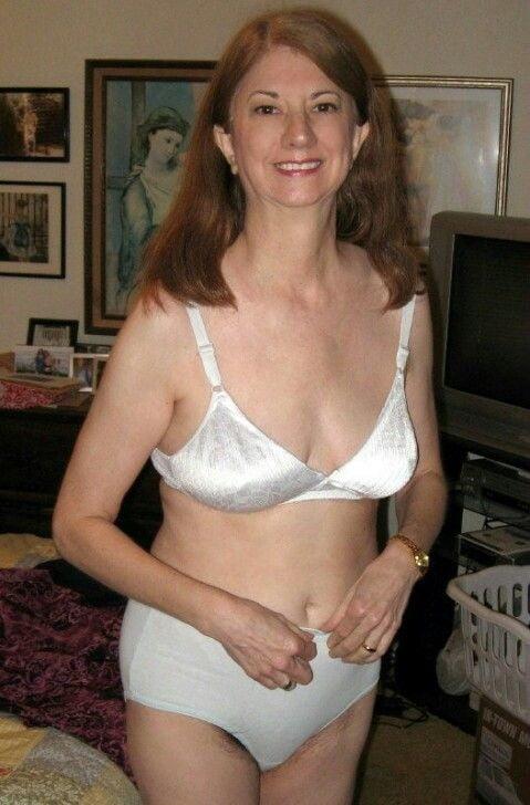 Panties mature sex pics, women porn photos