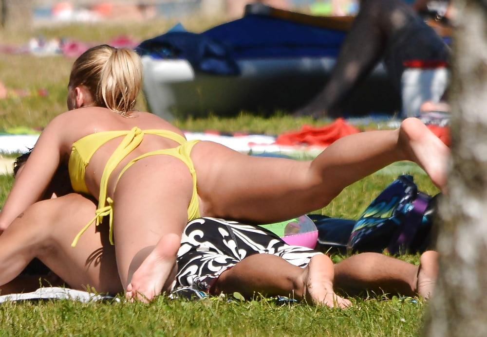 free-upskirt-on-the-beach-pornography-isnt-free