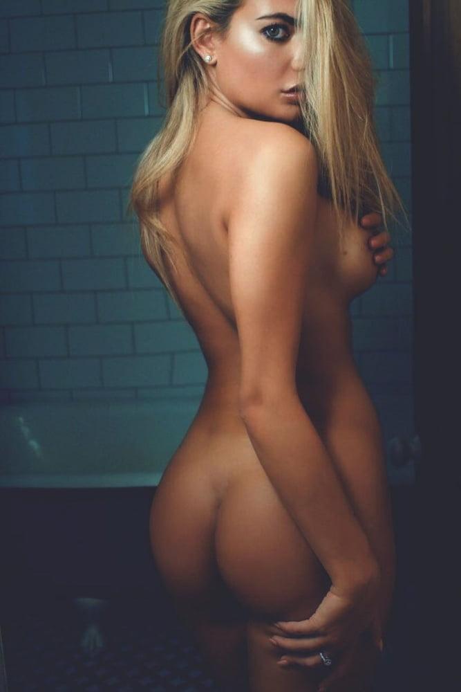 carly-hanson-nude