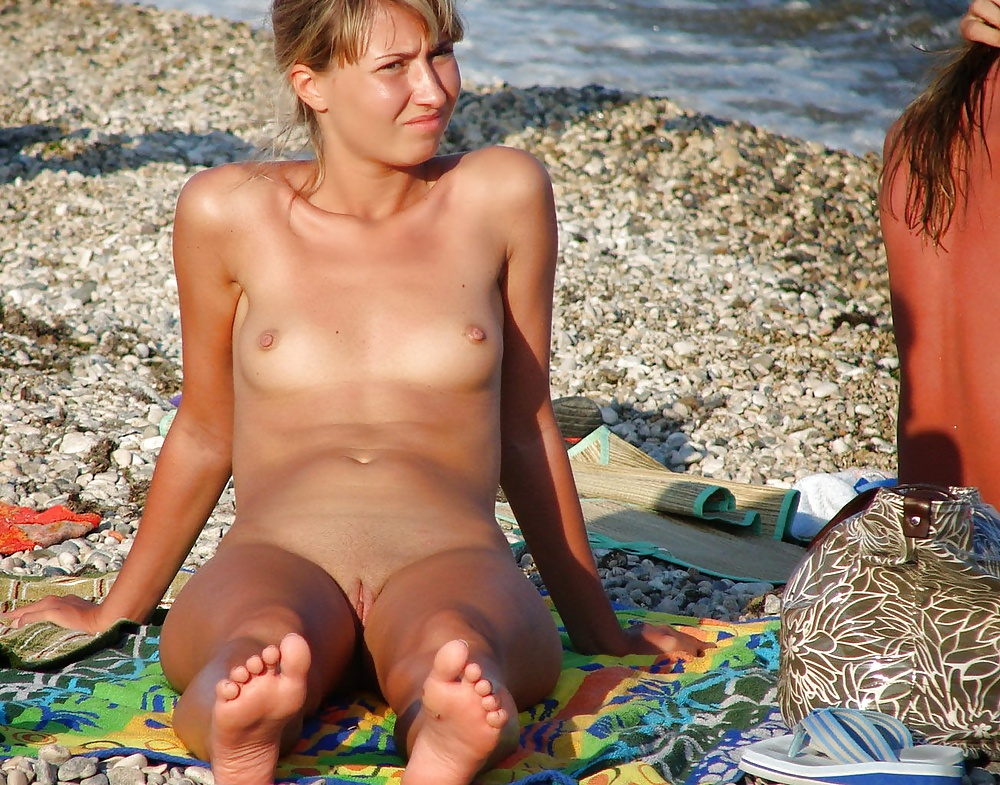 nude-naked-kim-clijsters-story-little