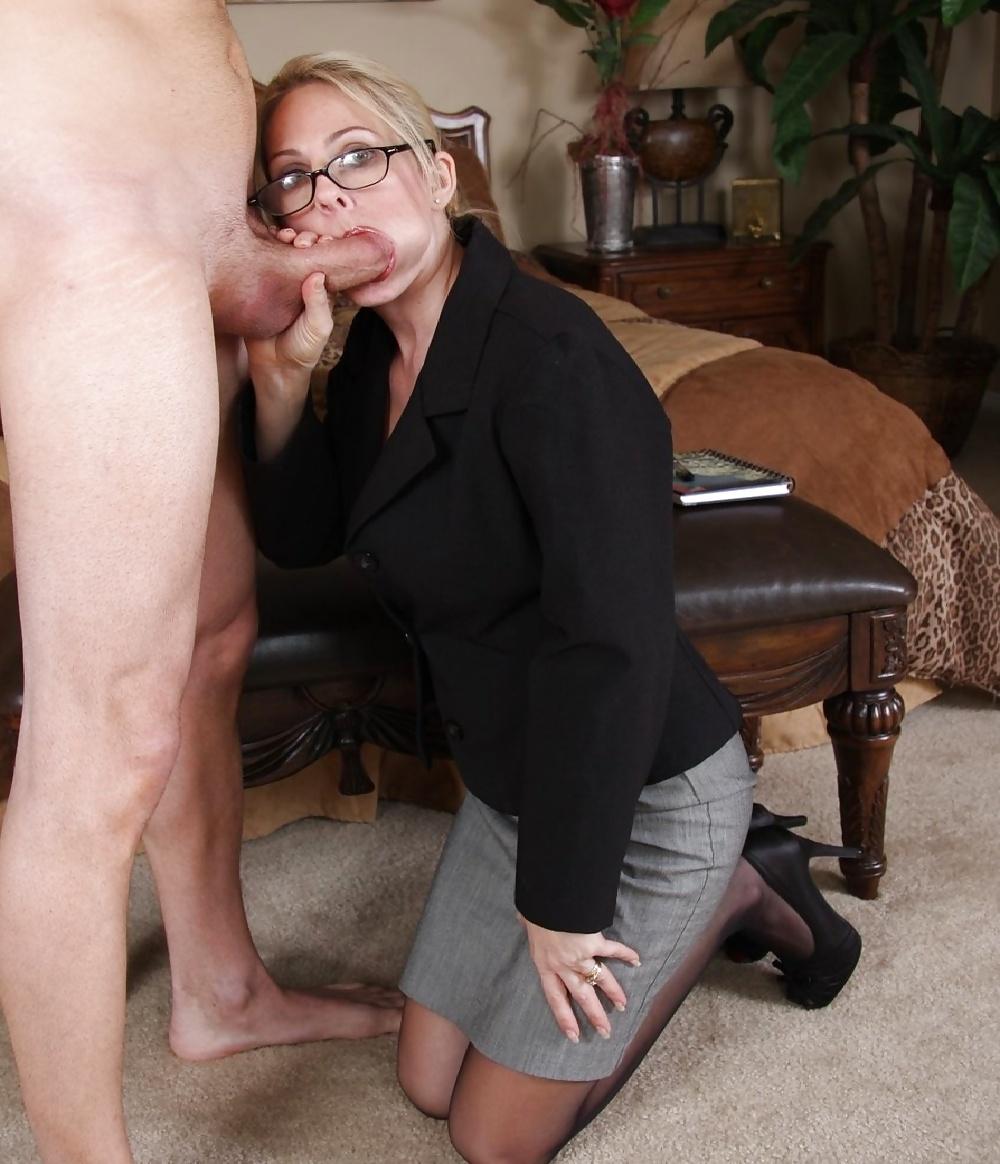blog-blow-horny-job-slut-trailer-trash-naked-and-nude-girls