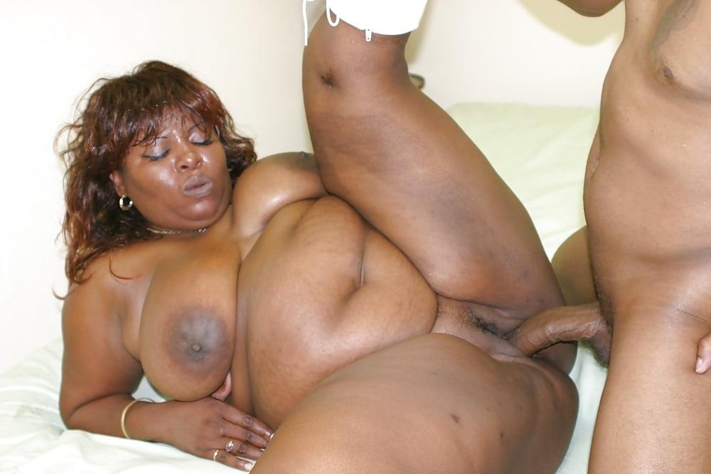 Ebony granny loves fucking