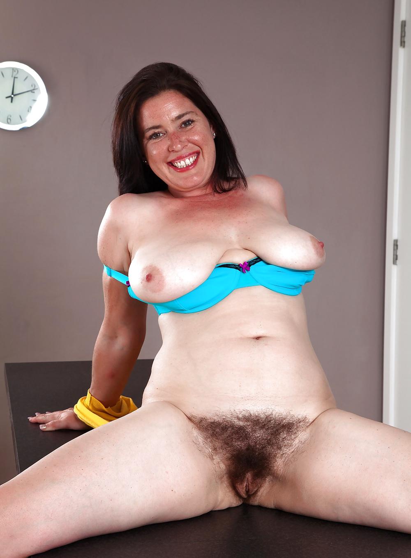 Free nude pics of hairy milfs
