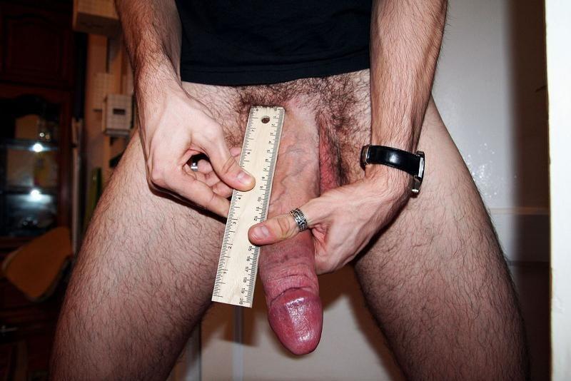 большой пенис фото с линейкой достоинством посмотрел