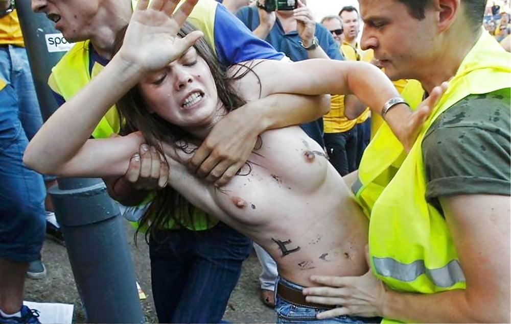 Teen public nude pics