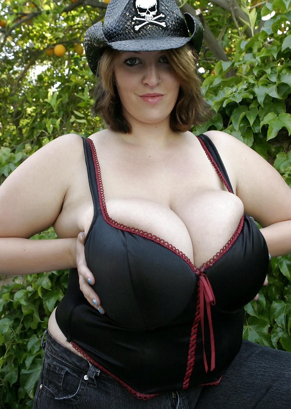 Germany women bigboob, sexiest spanish bikini model nude