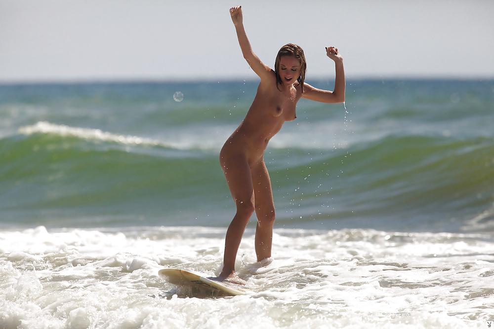 reale-protiv-eroticheskoe-foto-beata-serfing-popu-porno