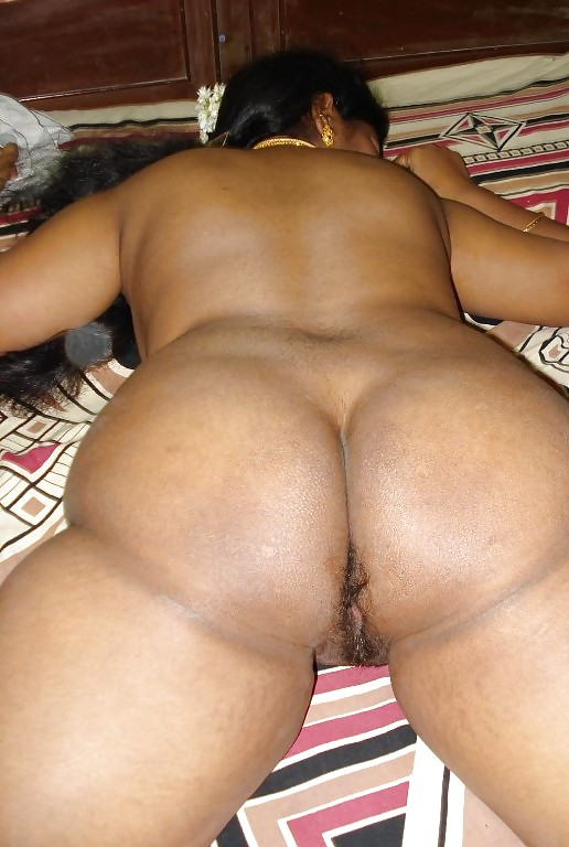 Nri aunties naked buttock — photo 4