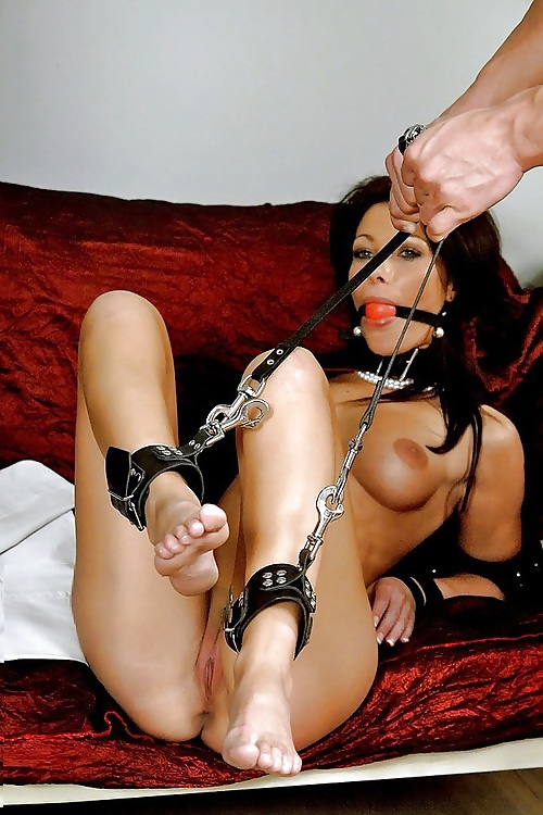 Teens free porn handcuff clips maid gilf