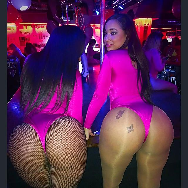 Amazing ass strip