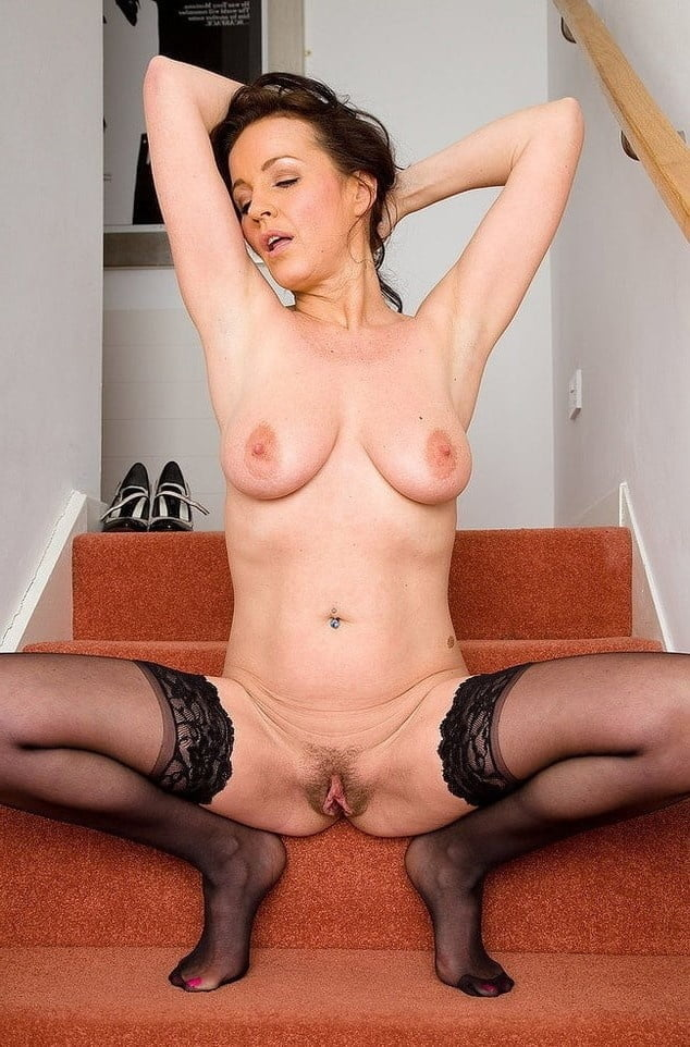 Old hairy pussy gallery