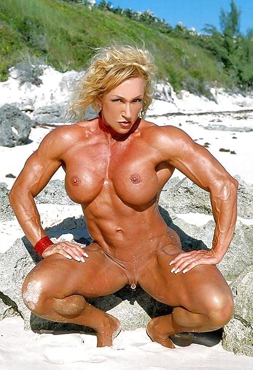 Качки бабы раздвигают ноги фото, двойное проникновение в блондинку большими членами