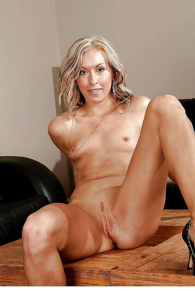 tall-naked-milf-naked-style-in-sex