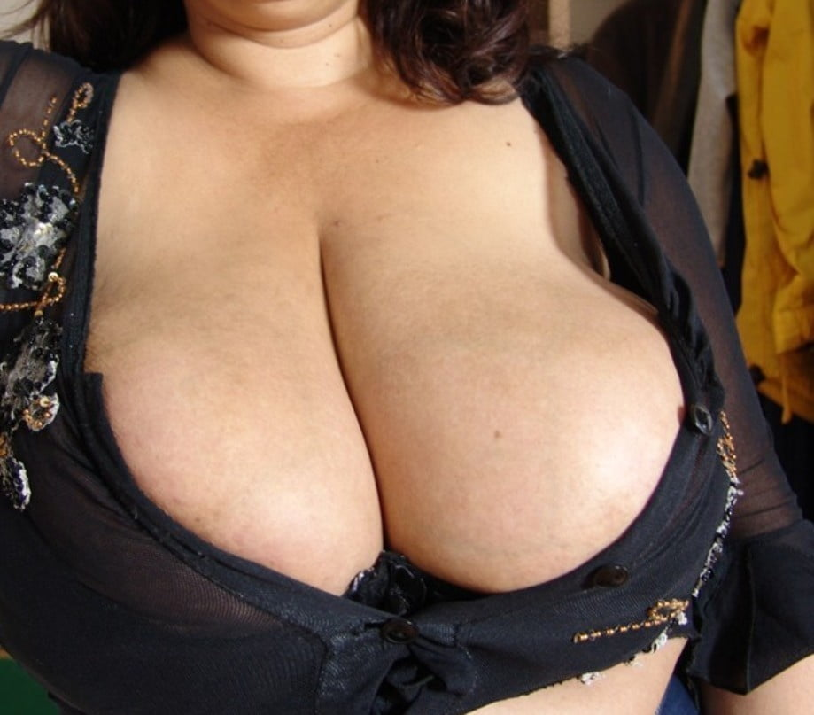 Mature bra tits