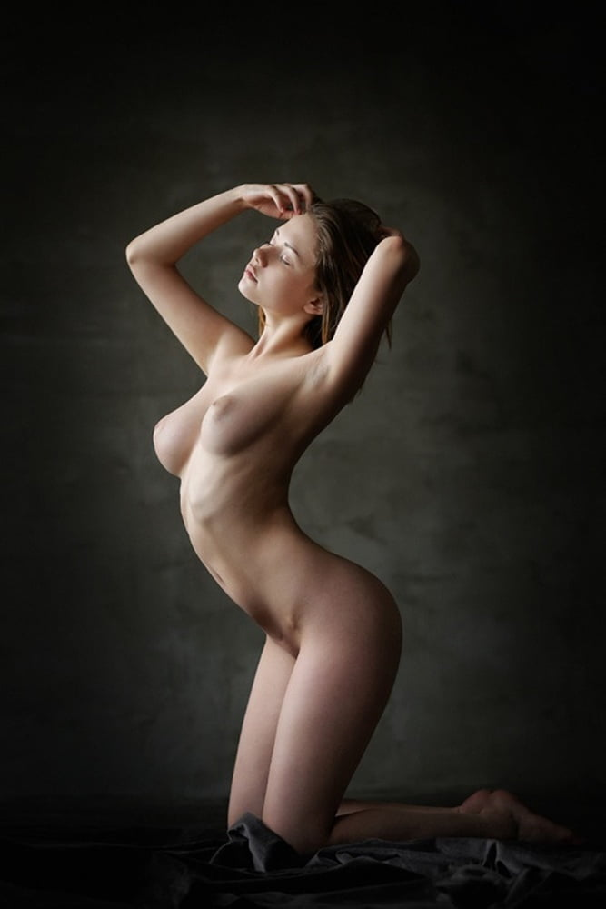 nude-photos-of-female