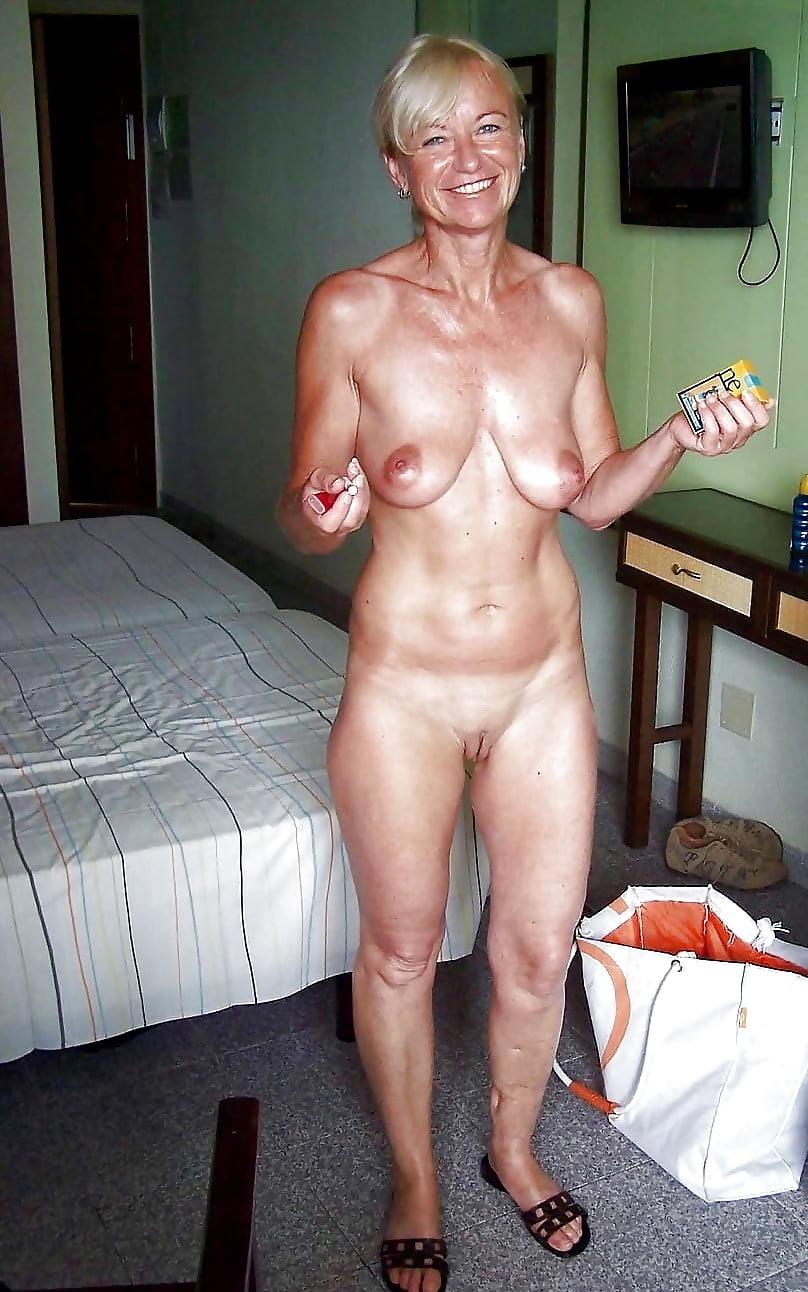 Senior wife naked — pic 8