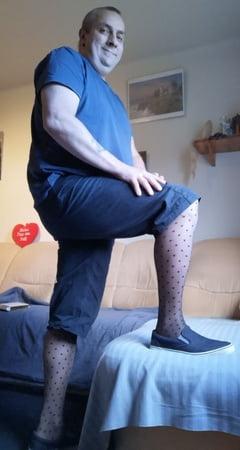 Women in tight shorts pics