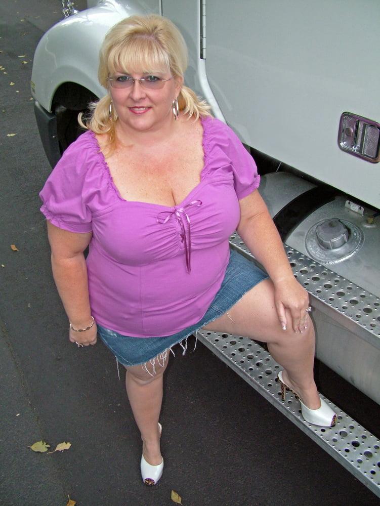 Mini skirt pantyhose
