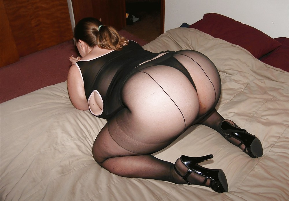Free Amateur, Lingerie, Stockings Pictures