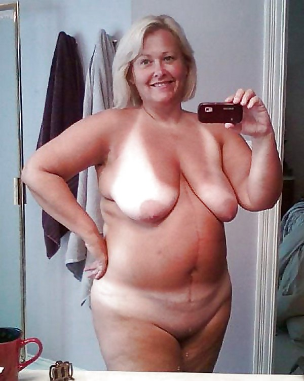 nude-mature-bbw-self-pics