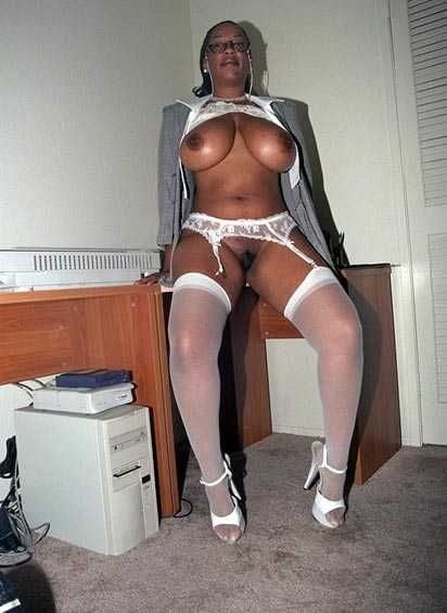 Sexy lady officer-5226