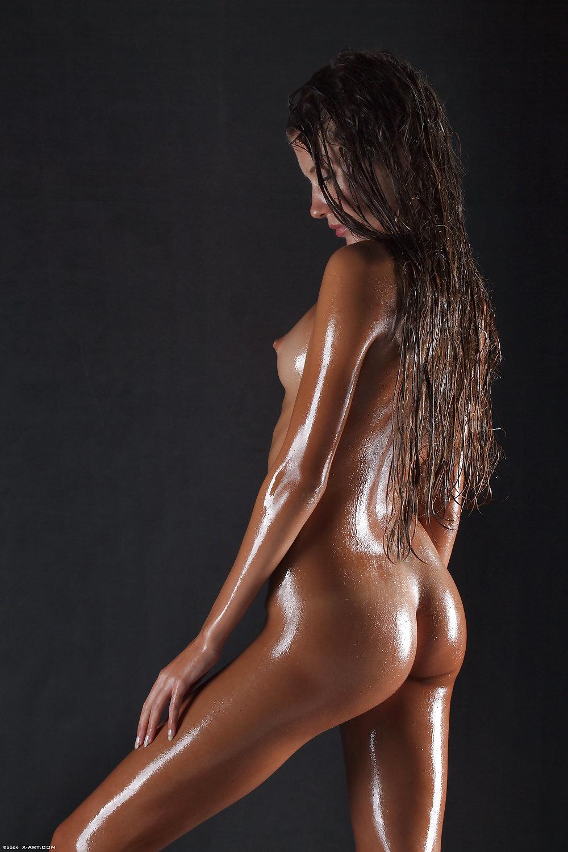 Full Female Nudity Pics