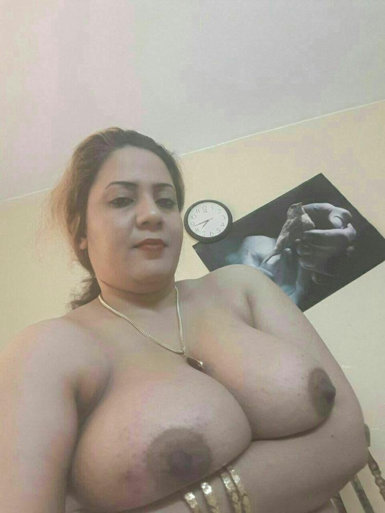 Big Tits Selfie Arab Milf - 5 Pics - Xhamstercom-3472