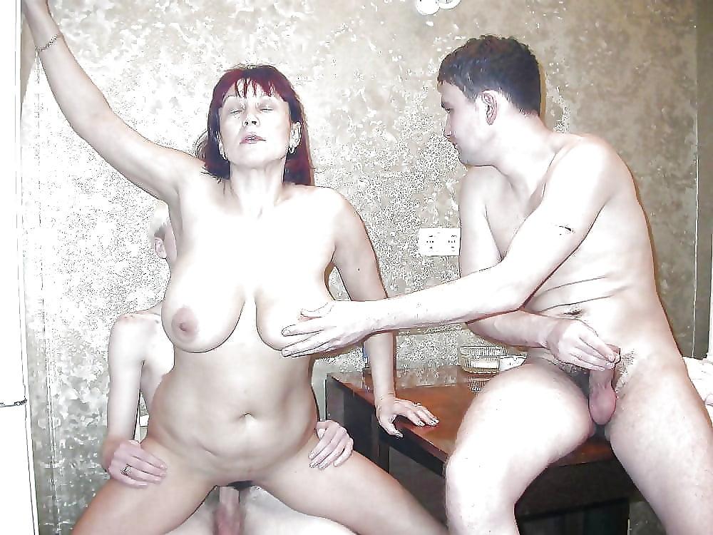 расчету, слову, видео эротические развлечения русских мамочек ебут раздолбанную
