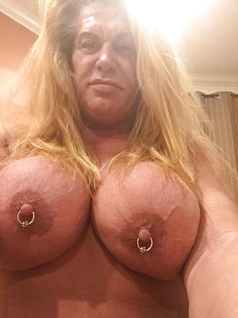 female stars nude Wwe
