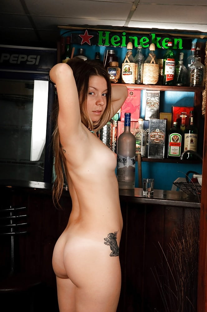 Nude bartender girl serving beer nude girls pictures